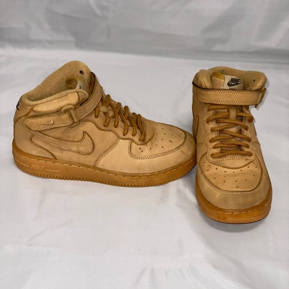 Nike Shoes   Kids Air Force 1 Size 25y